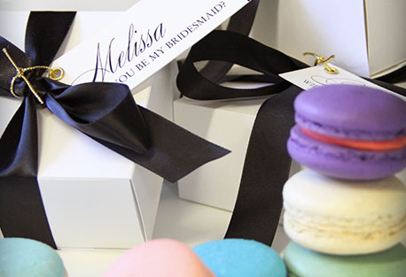 Wedding gifts & Wedding accessories; Personalised Macaroon gift box